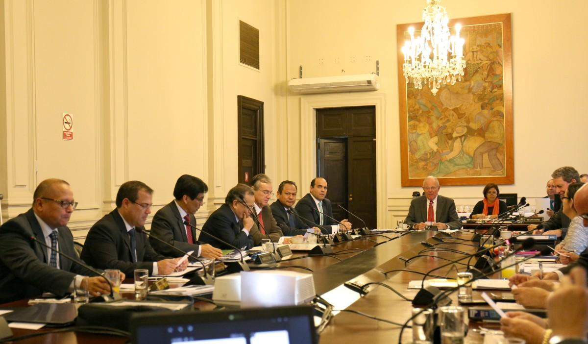 Jefe de estado encabeza sesi n de consejo de ministros for Clausula suelo consejo de ministros
