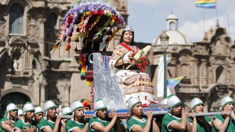 Cusco : tradicional Fiesta del Sol o Inti Raymi se inició