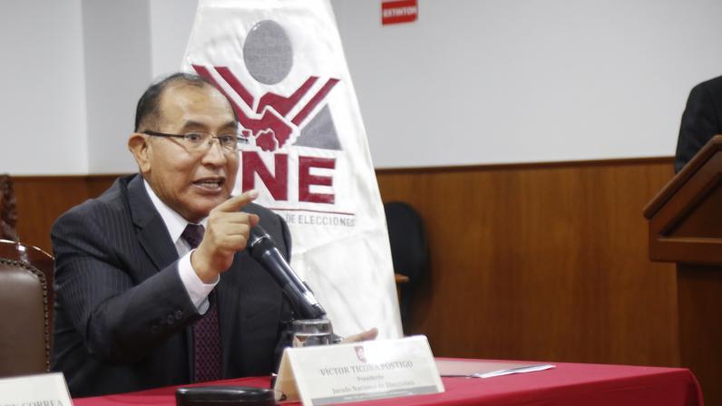Renzo Reggiardo ya no debatirá con Ricardo Belmont este domingo 30