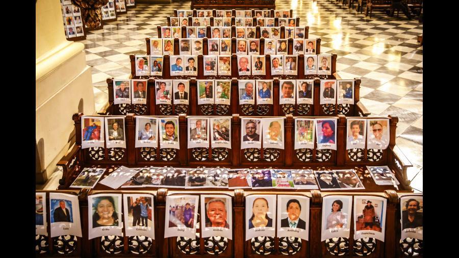 Los fallecidos por Covid-19, en la catedral de Lima