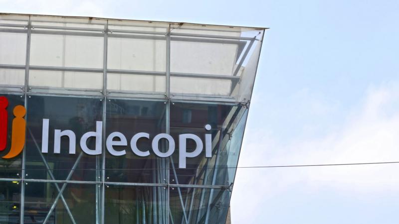 Indecopi no tiene facultades para prohibir servicios de taxi por ...