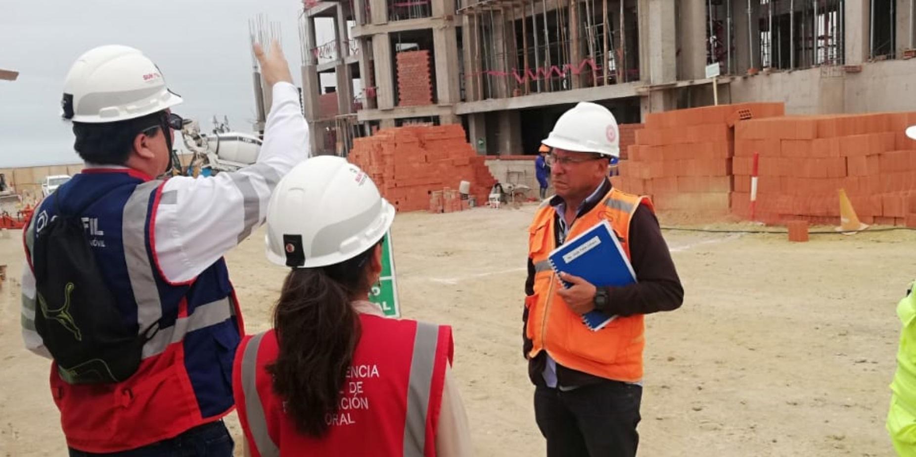 Sunafil paraliza dos obras en Moquegua por exponer a 131 trabajadores a riesgo grave - Radio Nacional del Perú